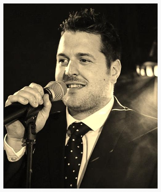 wedding singer in Liverpool, Manchester & Leeds